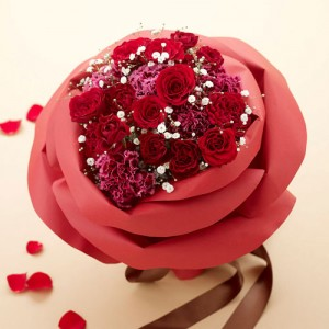 【ネット限定】バラの形の花束ペタロ・ローザ「シャイニングレッド」